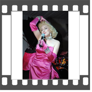 Marilyn-Monroe-Celebrity-Impersonator-Lookalike singing Diamonds Are A Girl's Best Friend!